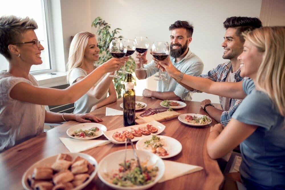5 Pasos para planificar una reunión exitosa en tu hogar